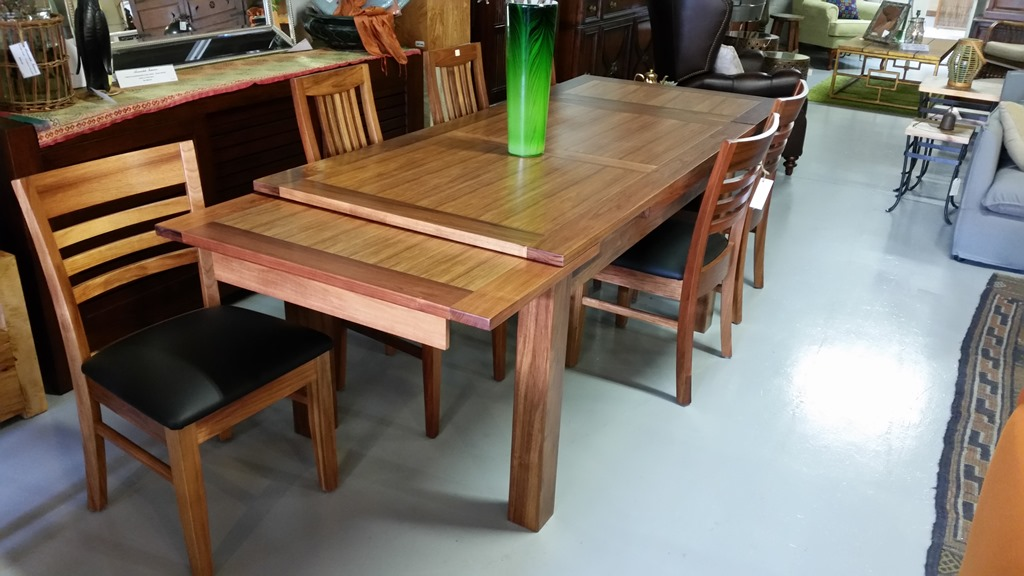 Vienna Extension Dining Table Annandale